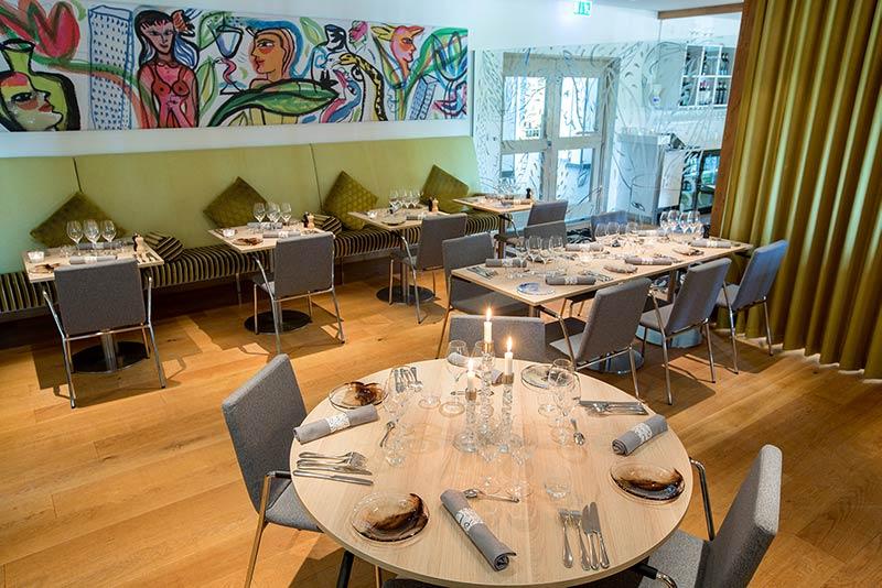 Restaurangen är designad av Ulrica Hydman Vallien