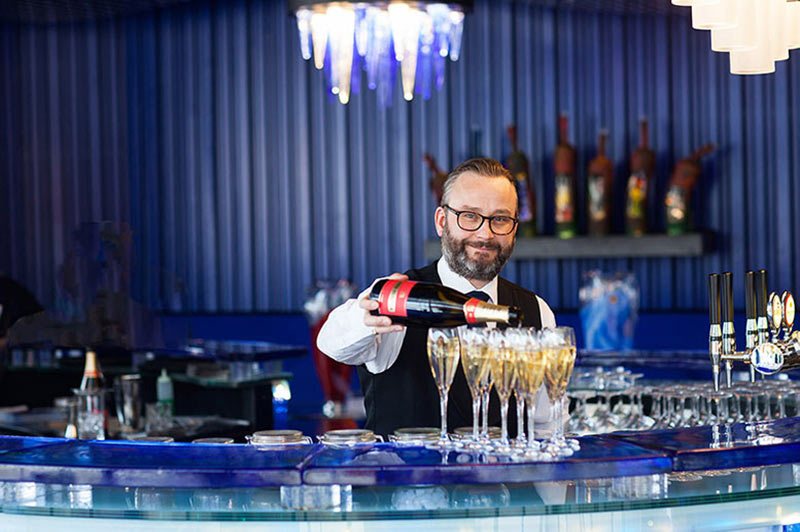 En drink i Glasbaren är en upplevelse utöver det vanliga!